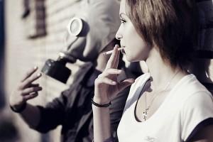 Пассивное курение приводит к набору лишнего веса